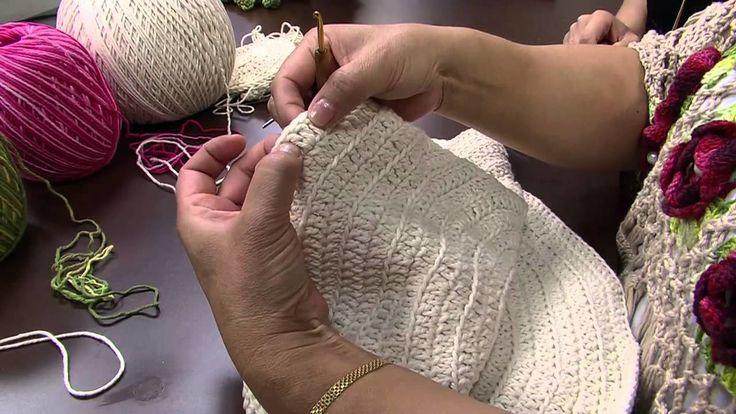 Mulher.com 10.11.2014 - Toalha de Croche Botões de Rosas por Cristina Luriko…