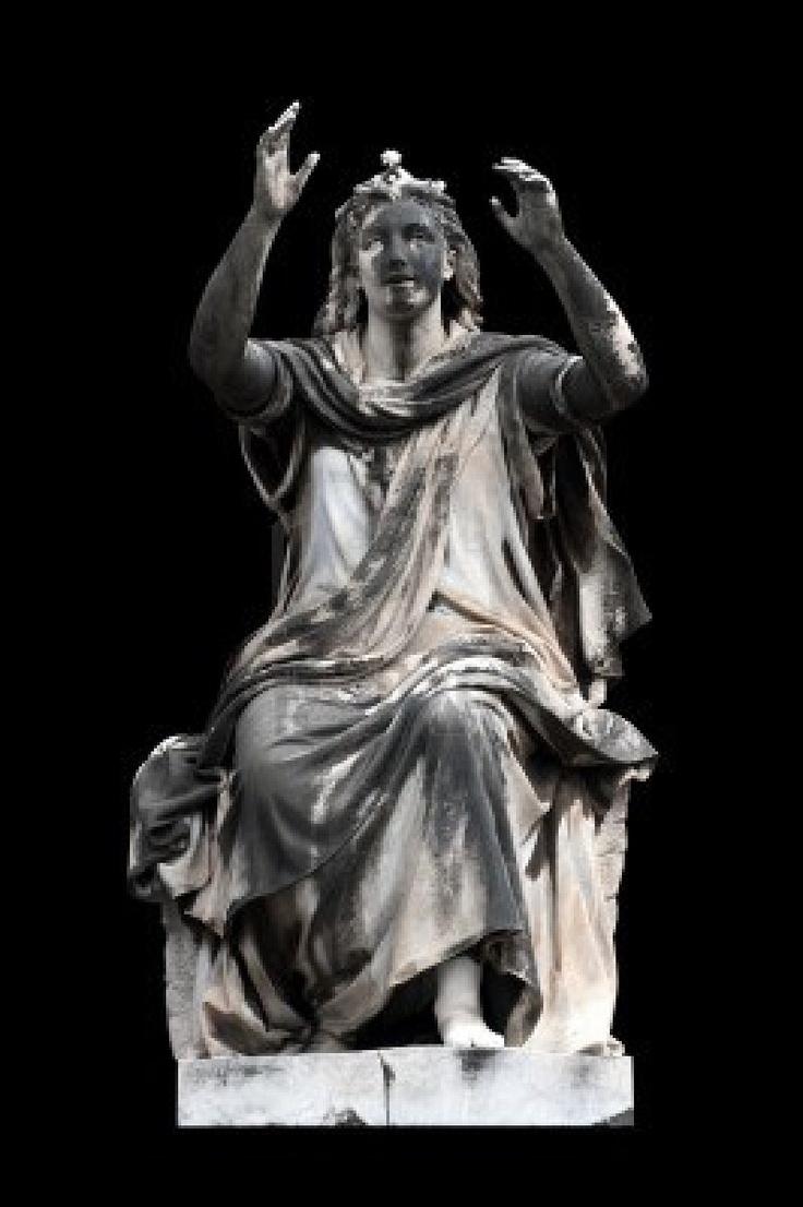 La escultura alegórica (Esperanza) por Stefano Galletti, Campo Verano, Roma, Italia. Hebe Garibay.