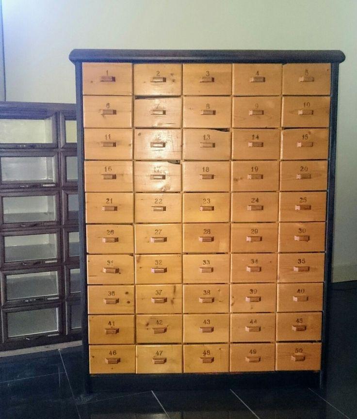 25 beste idee n over apotheker kast op pinterest vintage industri le vintage kantoor en - Aangepaste kast ...