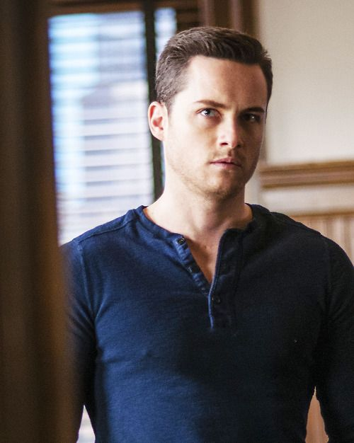 Chicago chicago fire p d jay halstead chicago pd halstead chicago fire