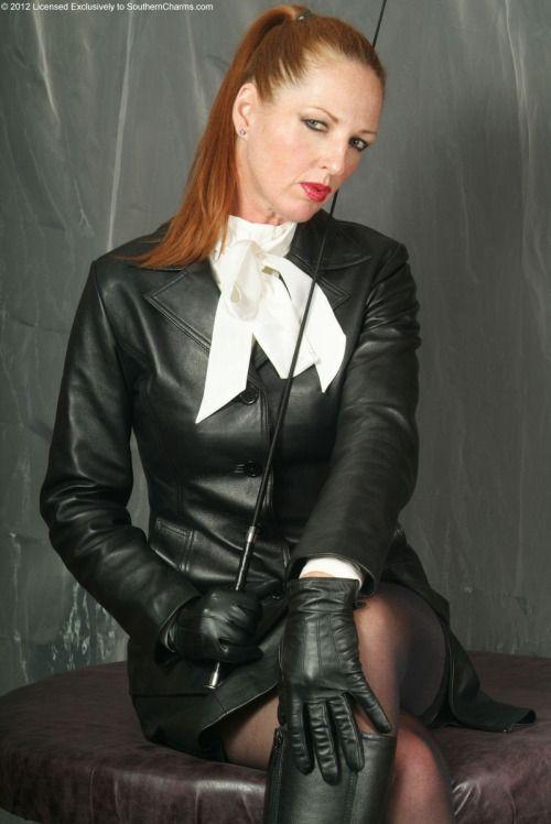 Leather gloved mistress