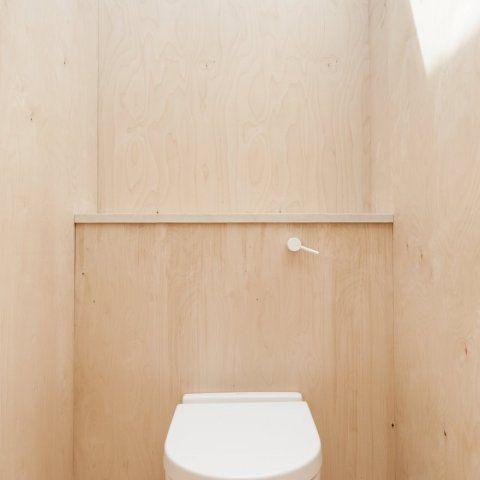 Plywood House by Simon Astridge | UP interiors
