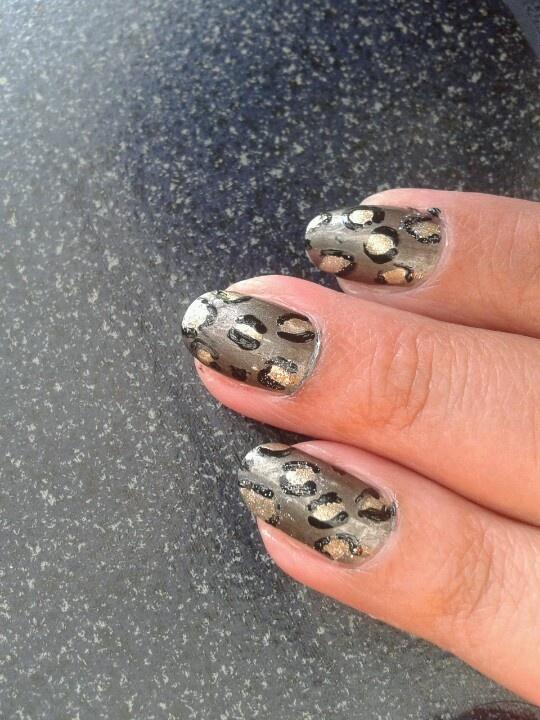 Luipaard nagels
