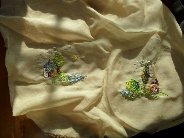 Free embroidery (exactly like a painting)