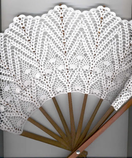 Crochet Fan: arghhhhh, no pattern.