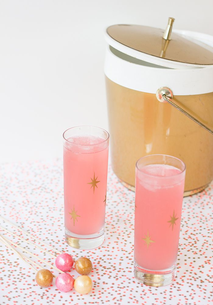 DIY Project: Mid-century Modern Style Starburst Cocktail Glasses | Palm Springs Style  Tutorial: http://palmspringsstyle.com/?p=1957
