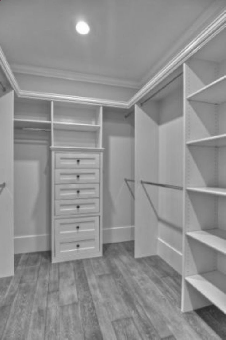i will have room just like this one day :) Closet organization http://www.thewoodgraincottage.com/2012/03/31/style-board-series-master-closet/