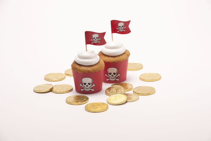 Ahoy there Matey! Our fabulous Pirate Party cupcake baking cases with matching flag toppers also available.