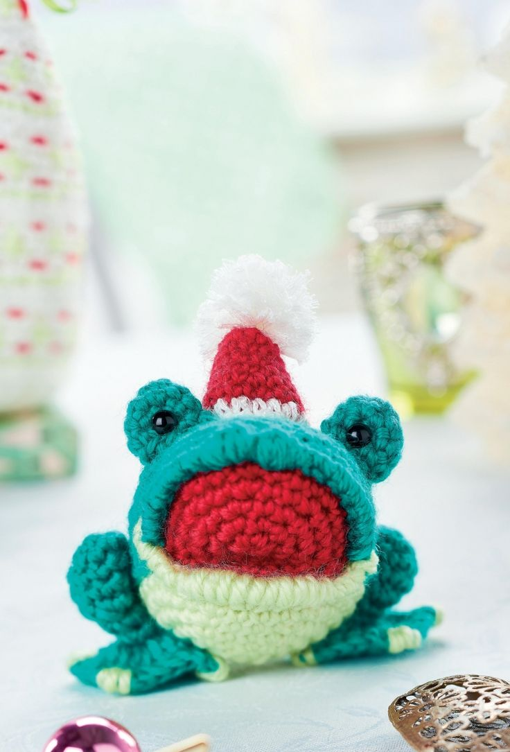 128 best frogs patterns and ideas images on pinterest children find out how to make a amigurumi christmas frog with this free crochet pattern from top crochet patterns bankloansurffo Gallery