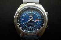 Seiko 5 Perpetual Calendar Automatic Watch 7019-6070