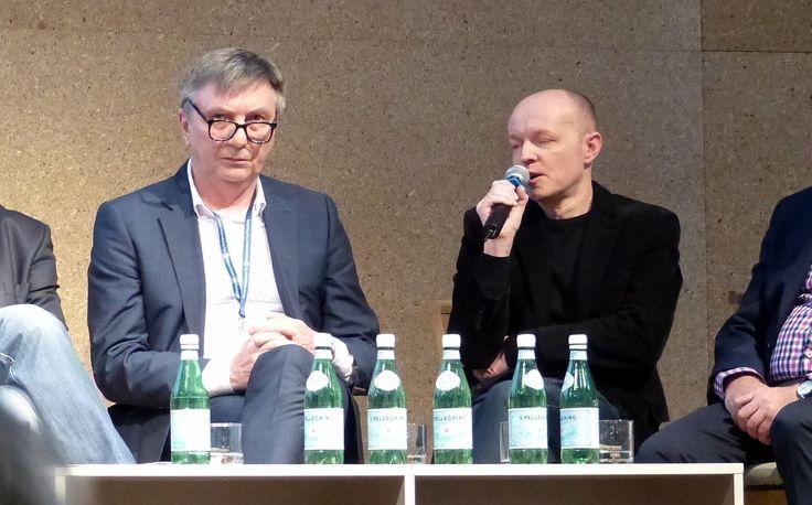 """Debata branżowa """"Design i innowacje – sposób na rynkowy sukces i budowanie wizerunku w meblarstwie"""". 19 lutego 2015 r. na forum arena DESIGN na temat przyszłości polskiego meblarstwa rozmawiali eksperci i praktycy tej branży."""