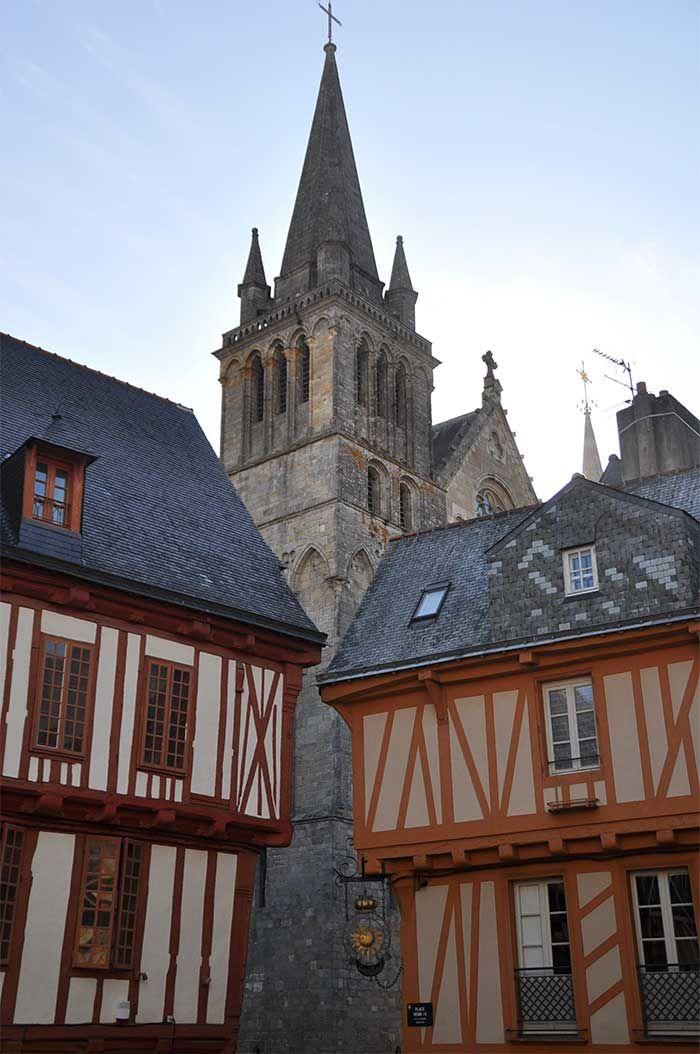 Vannes en Bretagne, à lire sur mon blog http://atasteofmylife.fr