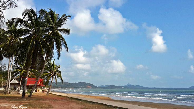 Lam Son Beach ,Pak Nam Lang Suan,Chumphon.
