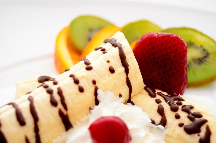 #sweet #banana #strawberries #kiwi #chocolate