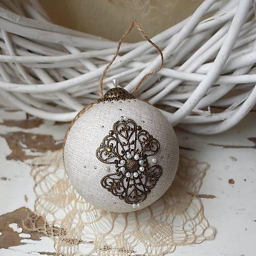 adis / vianočná guľa *52