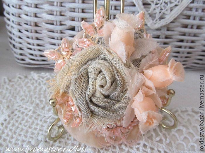 Купить Текстильная брошь Кремовая - розы, кремовые розы, кремовый цвет, кремовый, нежная брошь