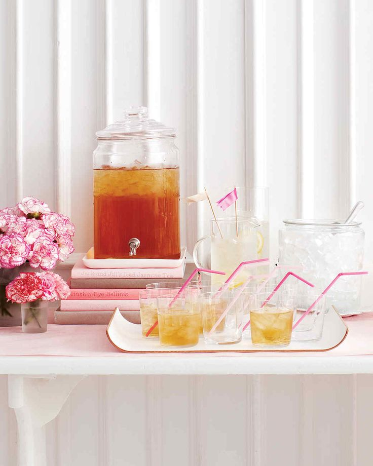 Jack and Jill should have gone up the hill to fetch a pail of this iced tea. The light floral notes of jasmine and the sweetness of the simple syrup make a refreshing combination.