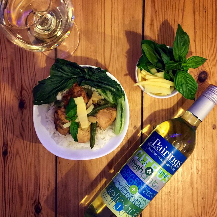 Perfect Pairings :: Thai Green Curry + Pairings Semillon Sauvignon Blanc. The spicyness of the curry is perfectly complimented by the zesty-ness of the wine!  Wine: https://m.danmurphys.com.au/list/pairings-wines