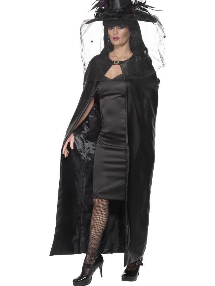 Musta noitaviitta. Musta, laadukas ja näyttävä noitaviitta on upea asuste halloweenjuhliin sekä muihin tilanteisiin, jolloin haluat verhota itsesi mustan viitan uumeniin.