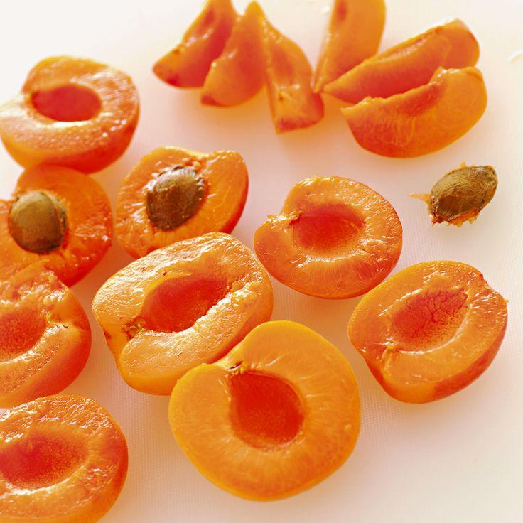 Per la colazione di questo mese caldo ci vuole un dolce alla frutta, che ti dia energie per affrontare la giornata ma sia anche leggero e piacevole