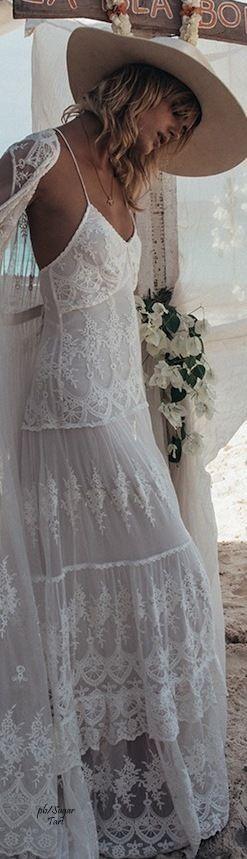 #boho #fashion #spring #outfitideas |  Robe maxi de dentelle blanche féminine Boho 70