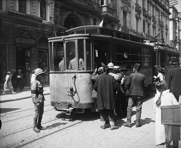 THE OCCUPATION OF CONSTANTINOPLE, 1918-1923