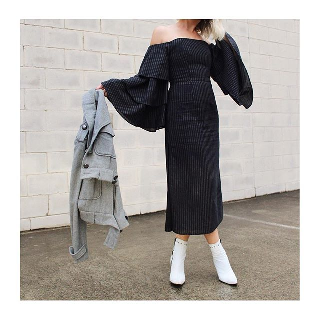 Today's meetings in pinstripes and boss sleeves 🔝 #denimxheelscreative ⠀⠀⠀⠀⠀⠀⠀⠀  .⠀⠀⠀⠀⠀⠀⠀⠀  .⠀⠀⠀⠀⠀⠀⠀⠀  .⠀⠀⠀⠀⠀⠀⠀⠀  .⠀⠀⠀⠀⠀⠀⠀⠀  .⠀⠀⠀⠀⠀⠀⠀⠀  #fashion#stylist#stylediaries#fashiongram#closetinspo#styleoftheday#fashionconsultant#styletips#stylinginspo#fashionaddicted#australianstyle#fashiondiaries#styledbyme#fashioninfluencer#mystyle#ootd#officestyle#workstyle#bossbabe#streetstyle#whiteboots#islalabel#karenwalker