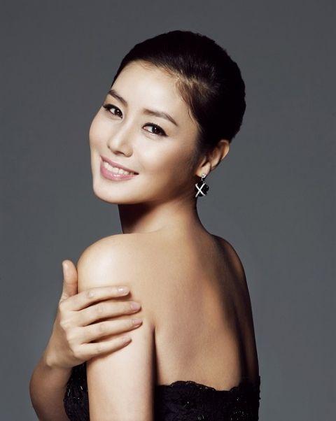 김성령, 조재현 제작 연극 '미스 프랑스'에서 1인3역 도전