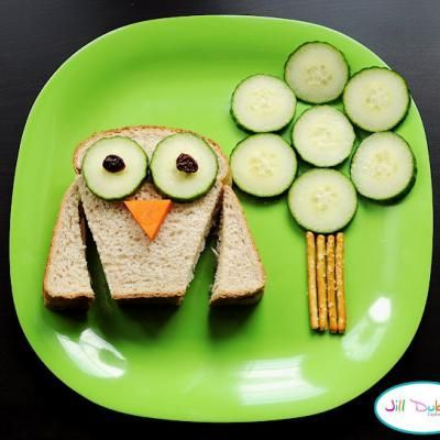 Fun food for kids. I like this one - simple and no wastage - you use the whole sandwich.