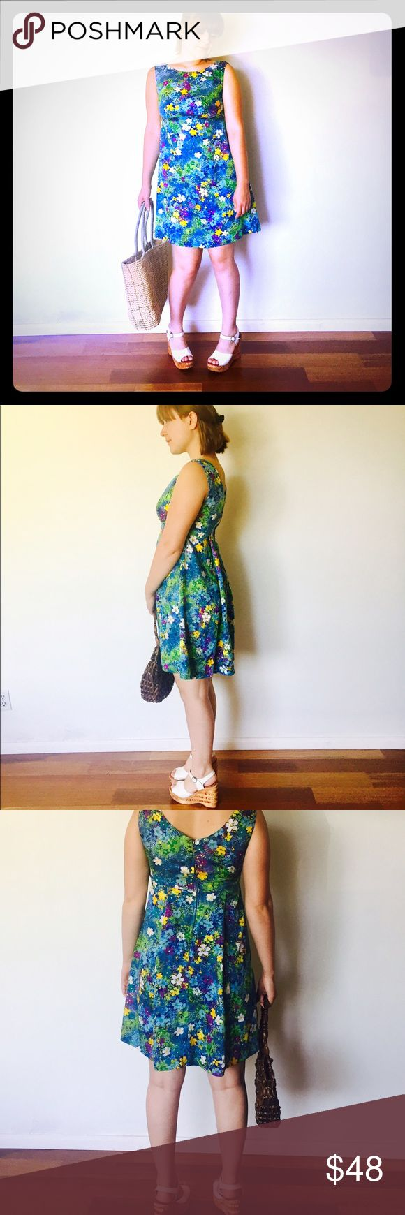 60s Hawaiian Mini Dress M 6 7 Pineapple Princess Vintage 60s Hawaiian empire waist dress with a big floral print.  It zips up the back with a nylon zipper.    Material: cotton blend Maker: Where: Hawaii Era: 60's  Size: M 6/7 Vintage Dresses Mini