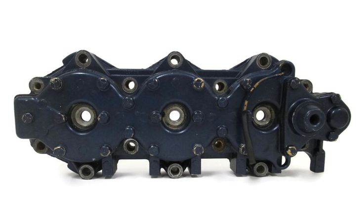 Evinrude Johnson Outboard Cylinder Head 150-235 HP 1983-1985 #OMC #Johnson #Evinrude #Outboard #PORT #CylinderHead #0329772 #329772 #michiganfreshwatermarine