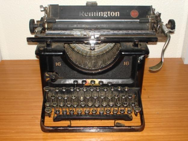 Resultados da Pesquisa de imagens do Google para http://images04.olx.pt/ui/12/41/42/1343726141_421553942_4-Maquina-de-escrever-e-raras-todas-400--Compra-Venda.jpg