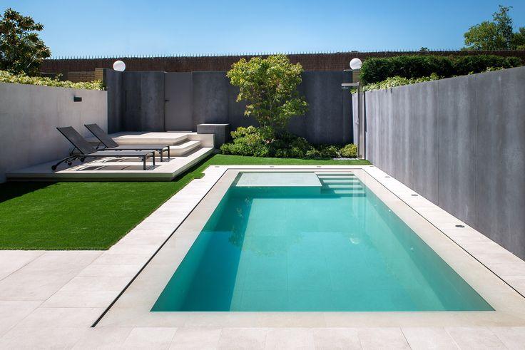 Resultado de imagen de piscina de fibra para quintal pequeno