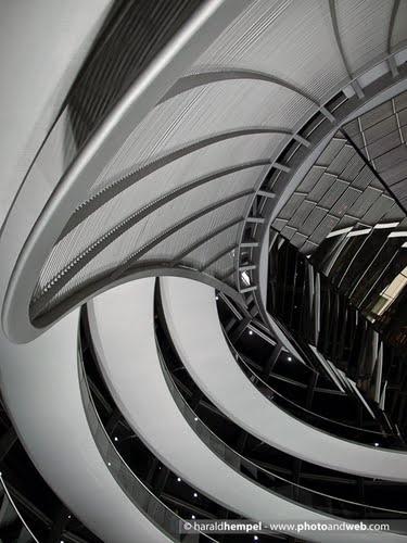 Reichstagskuppel, Berlin (Reichstag Dome) by Harold Hempel