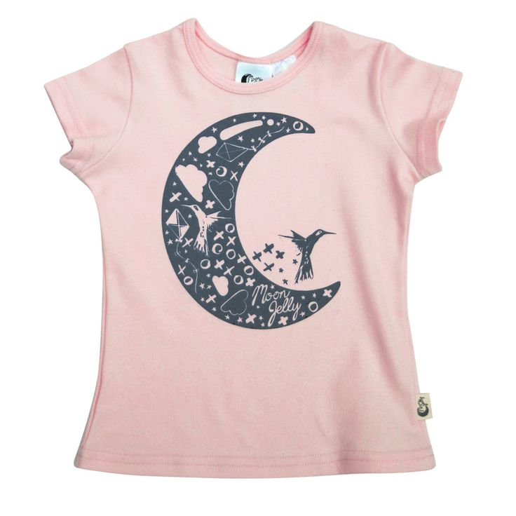 Moon T-Shirt - Peach/Grey Printed super soft and stretchy 100% Organic Cotton signature print t-shirt. The shape and stretch makes it comfortable to wear for both sleep and play. Match it with our slim harem crop pant.