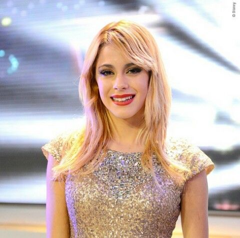 "Tini Stoessel grabando el videoclip ""En Gira"" de Violetta 3"