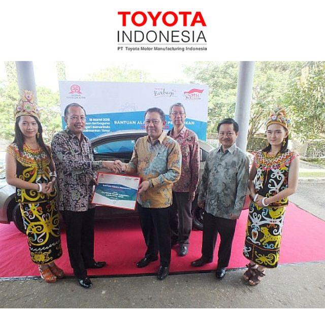 Dalam rangka perayaan Yayasan Toyota dan Astra (YTA) yang ke 40 tahun,  selama bulan Januari hingga Juli 2015, CSR Toyota Indonesia menyumbangkan unit mobil utuh sebagai alat peraga pendidikan kepada Workshop maupun laboratorium di beberapa Fakultas Teknik dan Sekolah menengah di seluruh Indonesia #InfoTMMIN #TMMIN #ToyotaIndonesia
