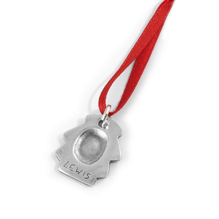 Kerst sieraden van Smallprint een hanger met een vingerafdruk