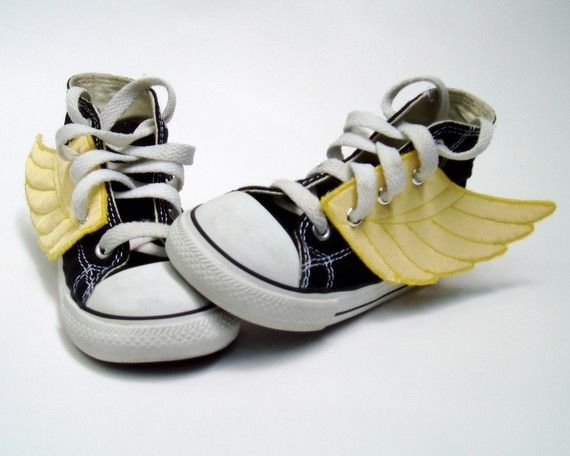 Superhero Shoes by smallfly. These are adorable. I want some for my little boy.