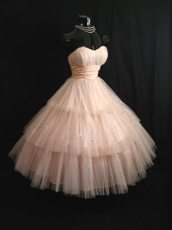 ~50s STRAPLESS Shell Pink Layered Tulle Taffeta Sequins Prom Gown~