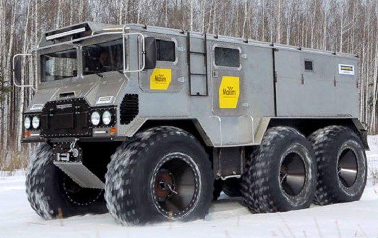 Beast on Wheels. Burlak 6x6 amphibious vehicle