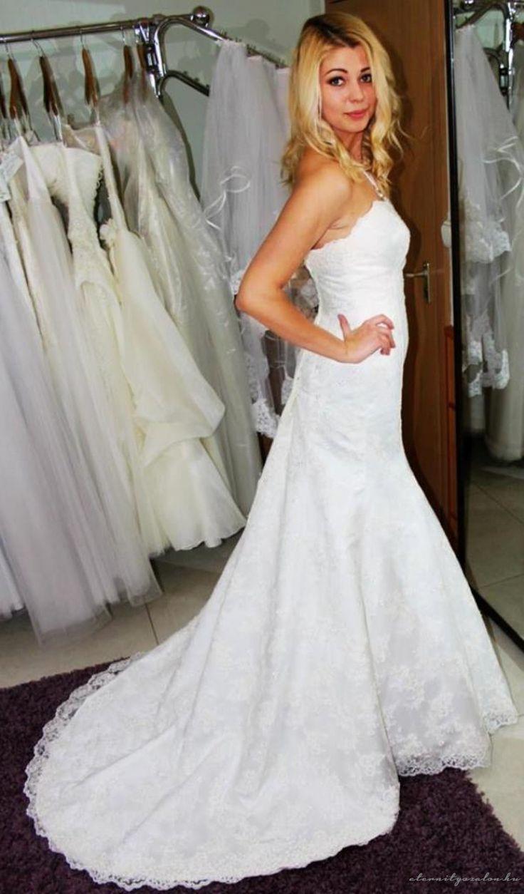 Lizzi 3 csipke menyasszonyi ruha