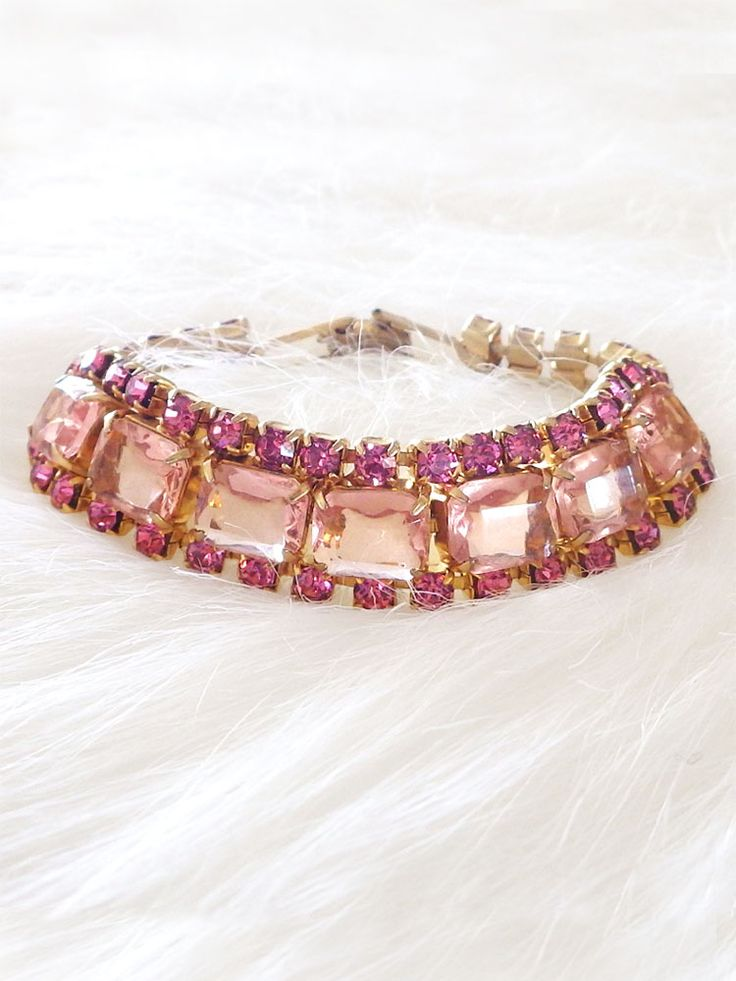 ピンクガラスのヴィンテージブレスレット