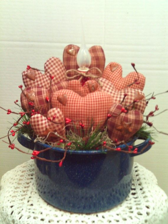 Primitive Valentine Heart  Arrangement in old by imaproudcrafter, $24.95