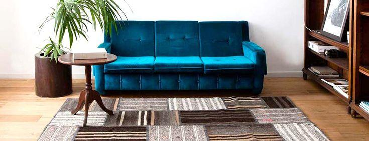 Tapis patchwork en kilim Medine, à partir de 228€ +livraison gratuite Le Medine n'est pas teint. Vous pouvez donc voir tous les détails qui composent cette magnifique création. Les tapis Kilim viennent d'une vieille tradition mais sont tout à fait adaptés à la vie moderne. Vous avez un salon qui a besoin d'un tapis pour ce magnifique ensemble table et lampe ? Notre Medine est un excellent choix pour les zones destinées à la relaxation.  #sukhi #patchwork #kilim #turquie #ethnique #faitmain