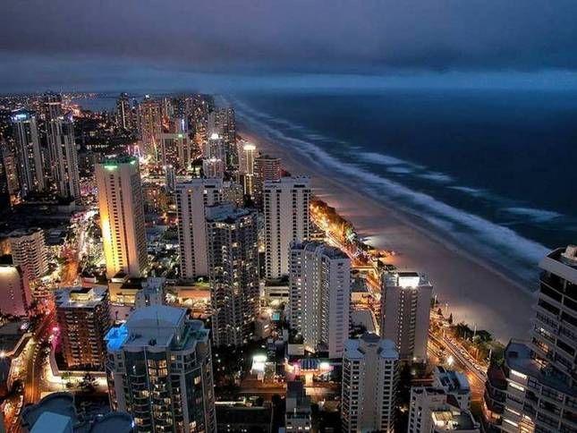 Surfer's Paradise, Australia the perfect holiday destination