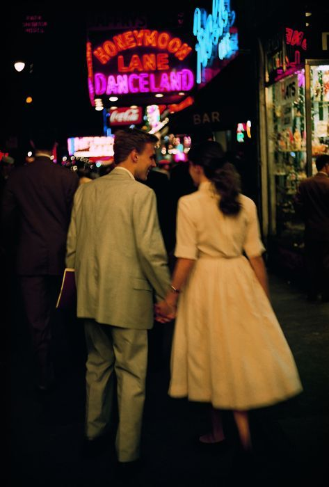 A young couple in New York City, 1957.