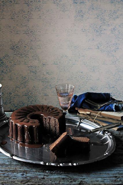 Pratos e Travessas: Bolo de chocolate # Chocolate cake   Recipes, photography and stories
