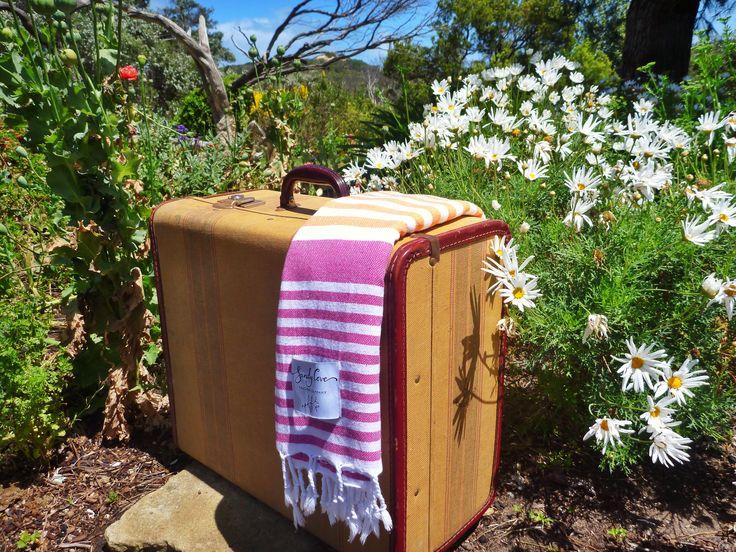 Vintage suitcase and Sunrise Traveller Towel. Dreaming of our next holiday! #vintage #travel #turkishtowel #beach #summer