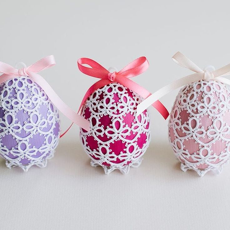 I am so excited to announce that my daughter and I have started a blog about tatting! It will be an extension of what we have been sharing here on Instagram, with the addition of my own patterns. This pattern for Easter eggs that I designed is posted on the blog. Link in profile!